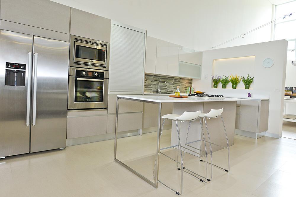 Muebles para cocina y cocinas de lujo for Cocina de deconstruccion