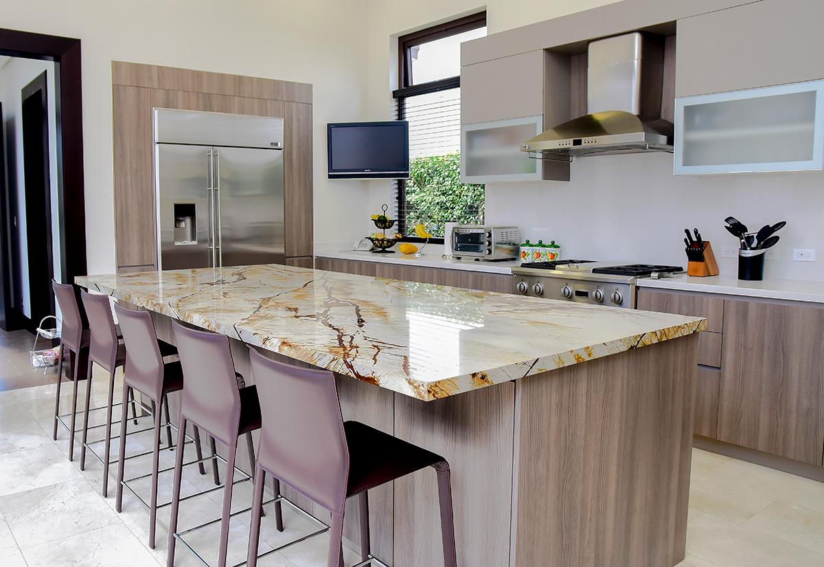 Pareti in stile produttori for Muebles de cocina tipo isla